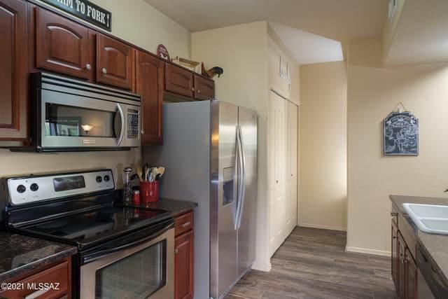2550 E River Road #14206, Tucson, AZ 85718 (MLS #22108433) :: My Home Group