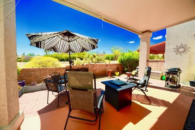 671 W Via Rosaldo, Green Valley, AZ 85614 (#22108803) :: Long Realty Company