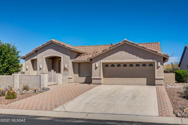 1832 N Bayshore Drive, Green Valley, AZ 85614 (#22108837) :: Long Realty - The Vallee Gold Team