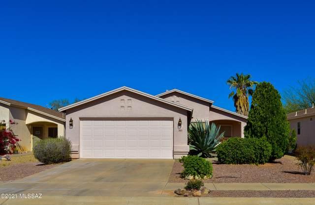 8256 S Via Del Forjador, Tucson, AZ 85747 (#22109069) :: The Josh Berkley Team