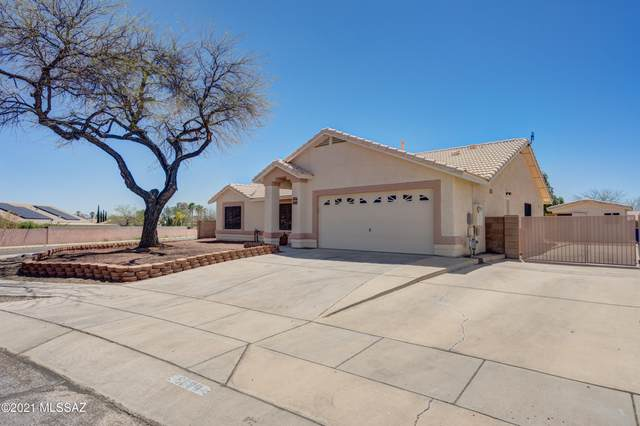 9284 E Bent Creek Way, Tucson, AZ 85747 (#22109181) :: The Josh Berkley Team