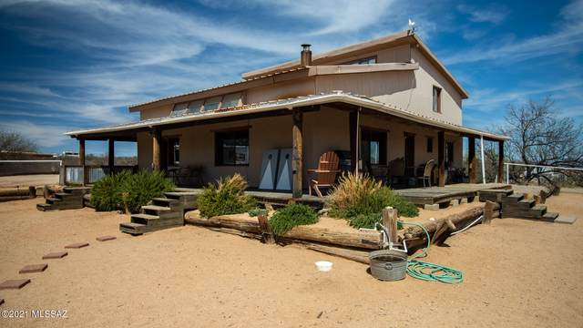 1063 S Big Bear Road, Benson, AZ 85602 (MLS #22109330) :: The Luna Team