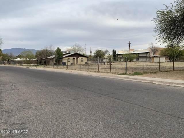 7830 E Uhl Street, Tucson, AZ 85710 (#22109392) :: Long Realty - The Vallee Gold Team
