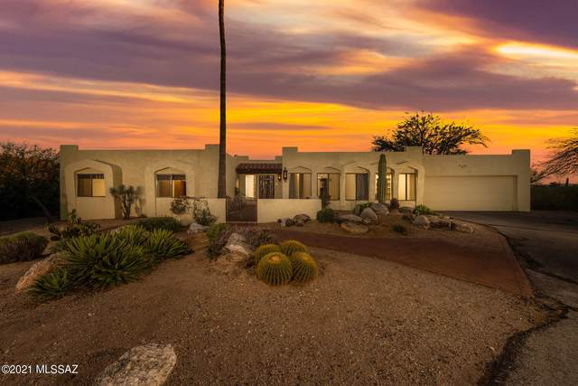 3000 E Camino De Bravo, Tucson, AZ 85718 (#22109490) :: Long Realty - The Vallee Gold Team