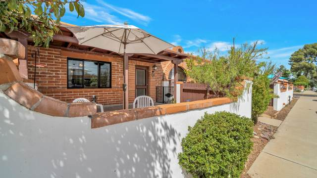 316 S Paseo Pena B, Green Valley, AZ 85614 (#22109503) :: Long Realty - The Vallee Gold Team