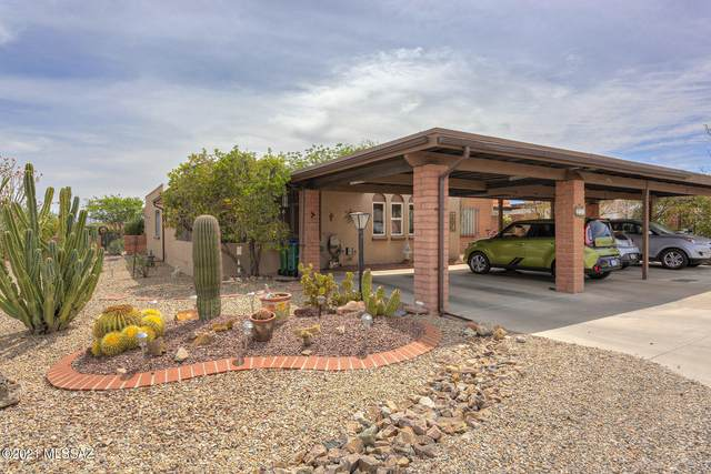 256 N Calle Del Santo, Green Valley, AZ 85614 (#22109701) :: Tucson Real Estate Group