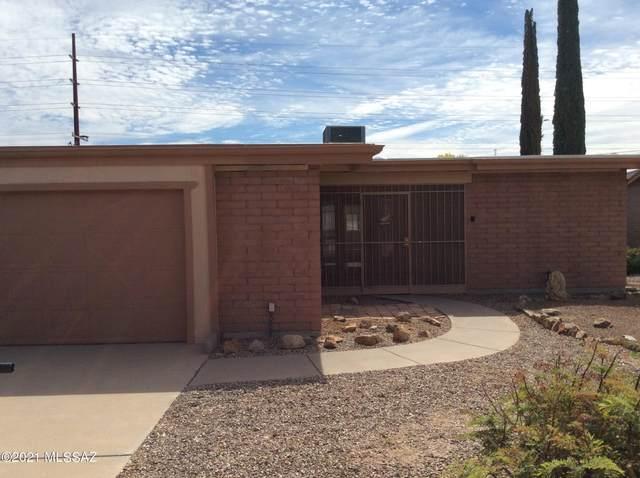 1436 N Rio Santa Cruz, Green Valley, AZ 85614 (MLS #22109731) :: The Property Partners at eXp Realty