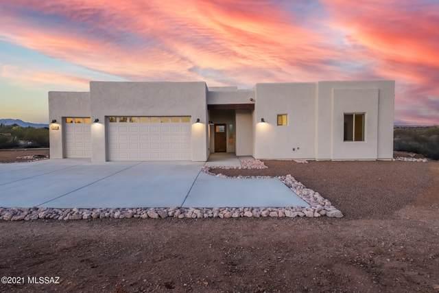 4491 W Placita Roca Chica, Tucson, AZ 85745 (MLS #22109828) :: The Luna Team
