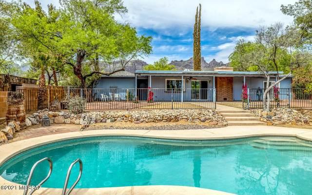 9440 E Vallarta Drive, Tucson, AZ 85749 (MLS #22109855) :: The Property Partners at eXp Realty