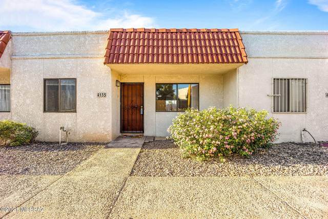 4135 N Western Winds Drive, Tucson, AZ 85705 (#22109937) :: Long Realty - The Vallee Gold Team