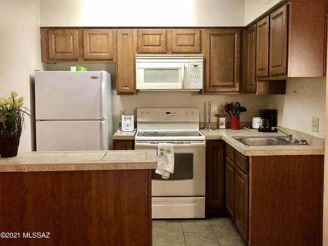 1810 E Blacklidge Drive #105, Tucson, AZ 85719 (#22110013) :: Long Realty - The Vallee Gold Team