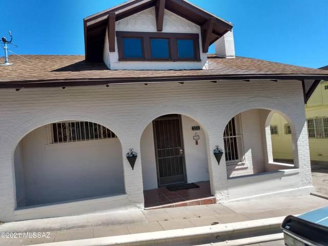 250 N Sonoita Avenue, Nogales, AZ 85621 (#22110057) :: Luxury Group - Realty Executives Arizona Properties