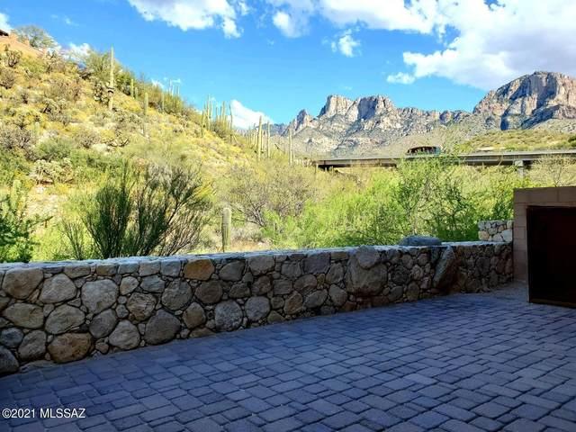 1829 E Vico Bella Luna, Oro Valley, AZ 85737 (#22110106) :: The Local Real Estate Group | Realty Executives