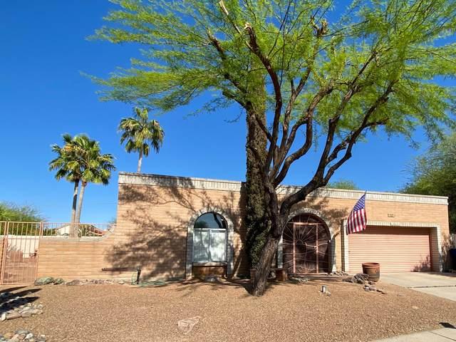 2818 N La Cienega Drive, Tucson, AZ 85715 (MLS #22110171) :: The Property Partners at eXp Realty
