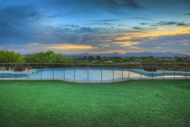 4940 N Calle Esquina, Tucson, AZ 85718 (#22110763) :: Long Realty - The Vallee Gold Team