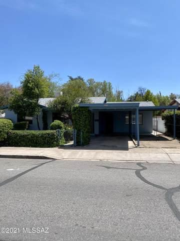 259 W Martinez Street, Nogales, AZ 85621 (MLS #22110773) :: The Luna Team