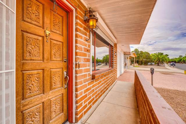2209 S Calle Zamora, Tucson, AZ 85710 (#22110923) :: The Josh Berkley Team