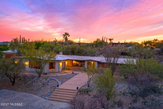 6555 N Camino Arturo, Tucson, AZ 85718 (#22111098) :: Long Realty - The Vallee Gold Team