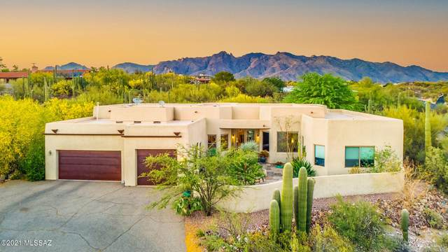 4549 N Hacienda Del Sol Road, Tucson, AZ 85718 (#22111281) :: The Josh Berkley Team