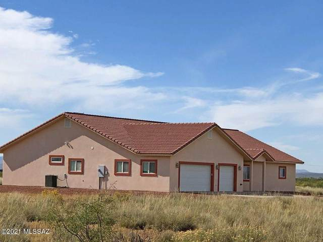 4361 N Wolf Court, Willcox, AZ 85643 (#22111404) :: Long Realty - The Vallee Gold Team