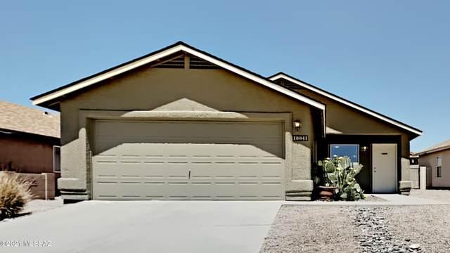 10041 E Paseo San Rosendo, Tucson, AZ 85747 (#22111448) :: Long Realty - The Vallee Gold Team