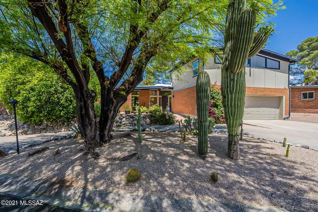 7007 E Katchina Court, Tucson, AZ 85715 (MLS #22111637) :: The Luna Team