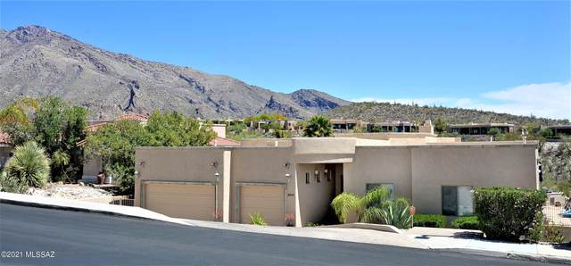 6460 N Regal Manor Drive, Tucson, AZ 85750 (#22111800) :: Long Realty - The Vallee Gold Team