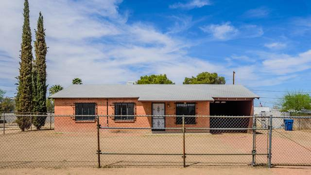 2402 S Jefferson Avenue, Tucson, AZ 85711 (#22111944) :: Long Realty Company