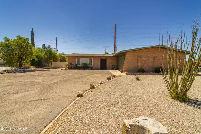 5772 E Seneca Street, Tucson, AZ 85712 (#22111966) :: Long Realty - The Vallee Gold Team