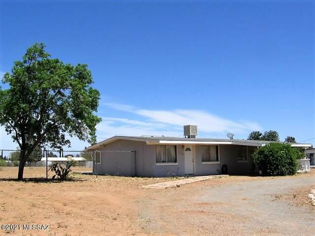 1115 E Christmas Tree Lane, Pearce, AZ 85625 (#22111970) :: Long Realty - The Vallee Gold Team