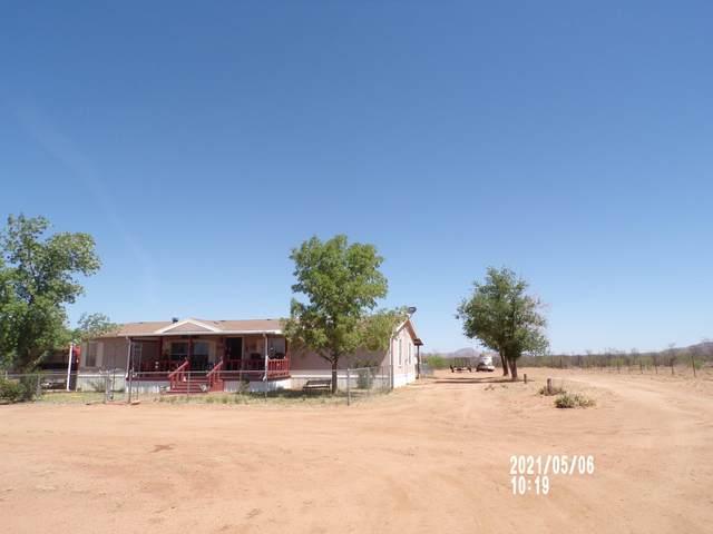 2986 W Jefferson Road, Elfrida, AZ 85610 (#22112009) :: Long Realty - The Vallee Gold Team