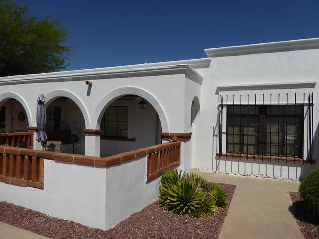 437 Paseo Madera B, Green Valley, AZ 85614 (#22112019) :: Long Realty - The Vallee Gold Team