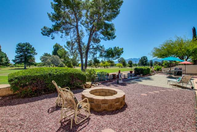 378 E Los Rincones, Green Valley, AZ 85614 (#22112051) :: Long Realty - The Vallee Gold Team