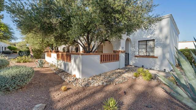 409 S Paseo Cerro, Green Valley, AZ 85614 (#22112097) :: Long Realty - The Vallee Gold Team