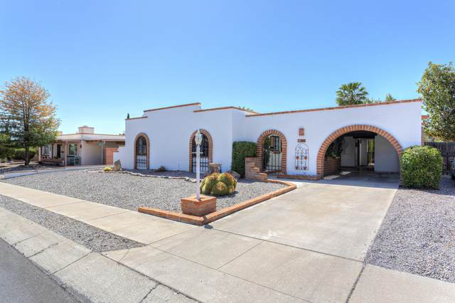 260 E Las Milpas, Green Valley, AZ 85614 (#22112229) :: Long Realty Company
