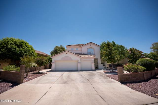 67 Highland Circle, Rio Rico, AZ 85648 (#22112230) :: Long Realty Company