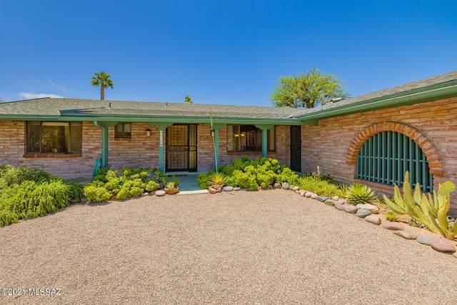 4810 E Camino La Brinca, Tucson, AZ 85718 (#22112502) :: Keller Williams