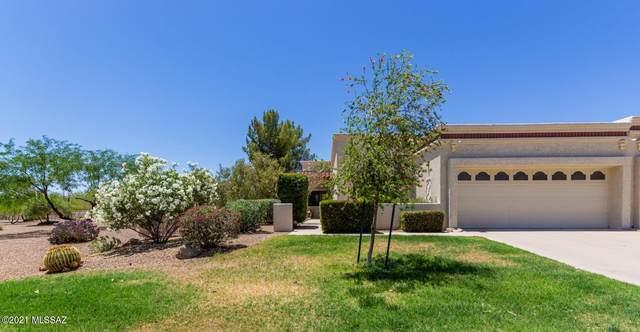 9917 N Calle Loma Linda, Oro Valley, AZ 85737 (#22112521) :: Keller Williams