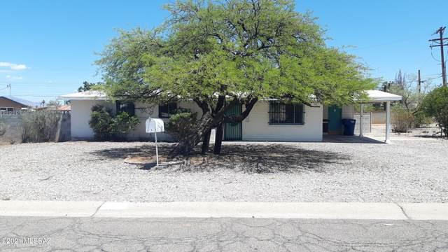 1733 S Avenida Regulo, Tucson, AZ 85710 (#22112934) :: Long Realty - The Vallee Gold Team
