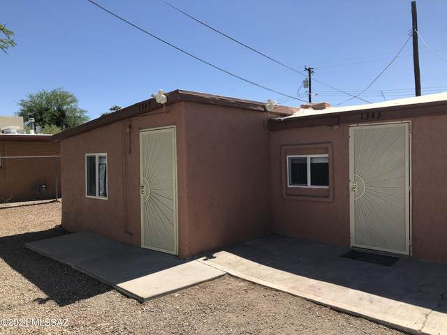 1343-1345 W Emery Street, Tucson, AZ 85745 (#22112945) :: Luxury Group - Realty Executives Arizona Properties