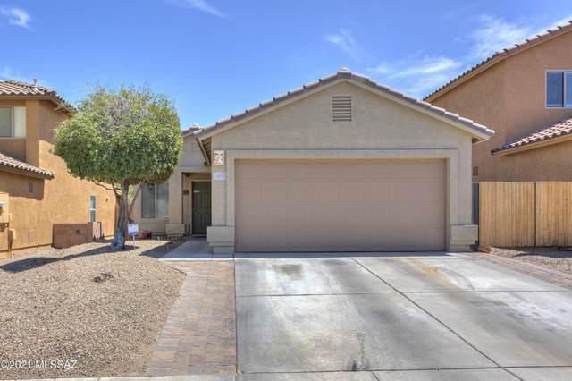 451 W Amber Hawk Court, Green Valley, AZ 85614 (#22113141) :: Keller Williams