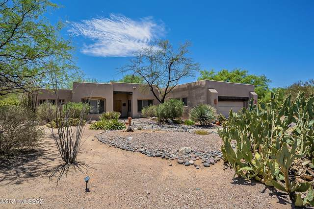 1313 W Saddlehorn Drive, Oro Valley, AZ 85704 (#22113220) :: Long Realty - The Vallee Gold Team