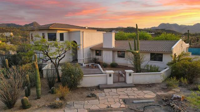 2121 N El Moraga Drive, Tucson, AZ 85745 (#22113381) :: The Dream Team AZ