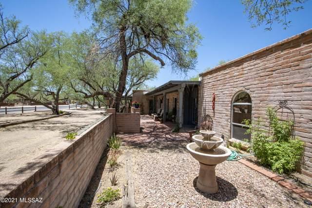 8901 E Bears Path Road, Tucson, AZ 85749 (#22114085) :: Keller Williams