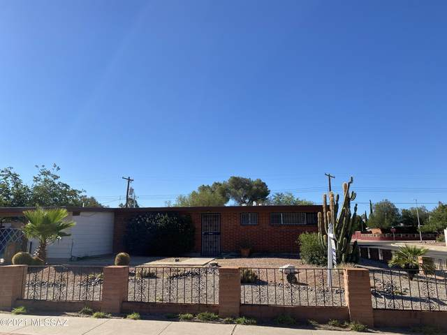 7310 E Sylvane Drive, Tucson, AZ 85710 (#22115076) :: The Josh Berkley Team