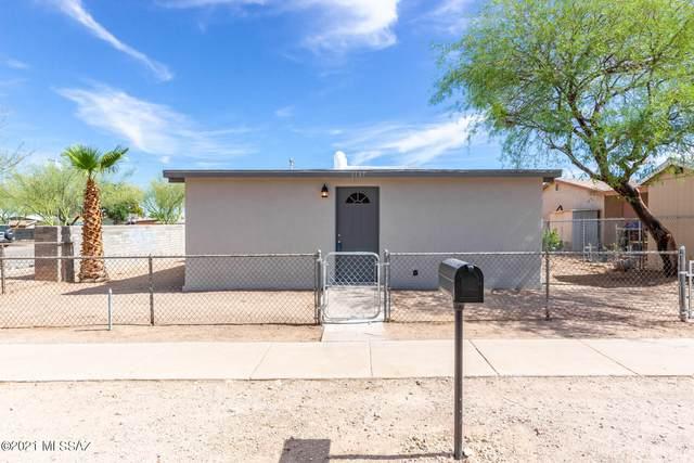 1137 E 33Rd Street, Tucson, AZ 85713 (#22115101) :: Long Realty - The Vallee Gold Team