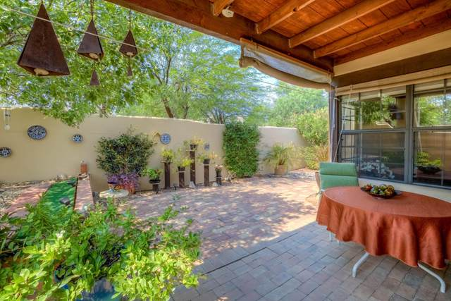 5428 E Francisco Loop, Tucson, AZ 85712 (#22115580) :: The Dream Team AZ