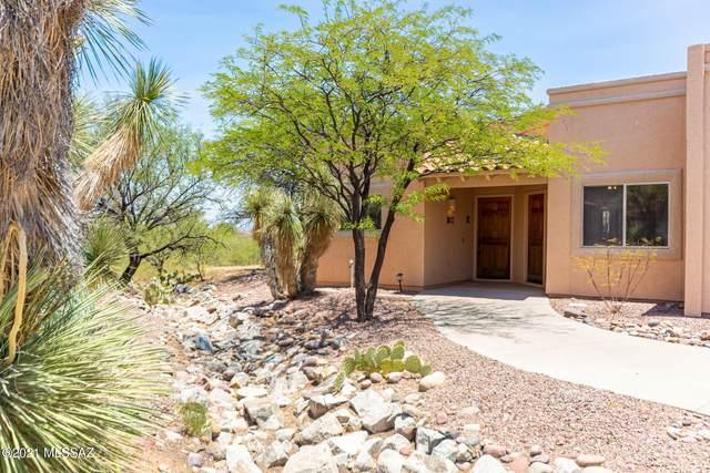 1746 W Camino Estelar, Green Valley, AZ 85622 (MLS #22116141) :: My Home Group