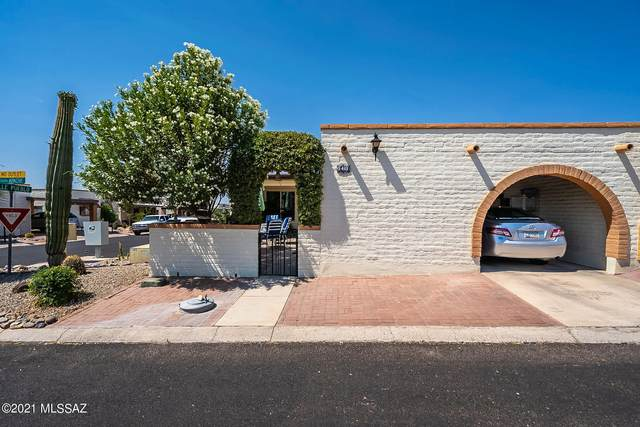 1401 W Placita Apache, Green Valley, AZ 85622 (#22116284) :: Gateway Partners International