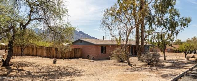 9940 N Hacienda Hermosa Drive, Oro Valley, AZ 85737 (#22116711) :: The Local Real Estate Group   Realty Executives